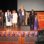 Pastor Lloyd, an Indigenous Pastor prays for Indigenous people and Israel